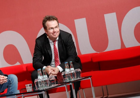 Björn Weber speaks at the Anuga Forum