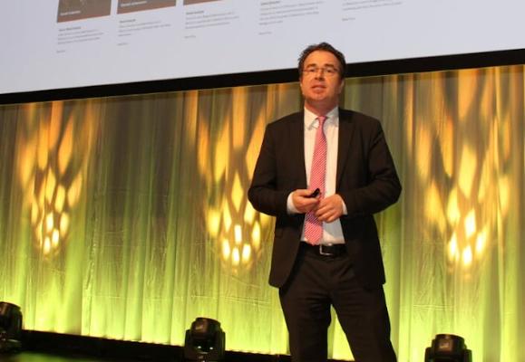 Björn Weber ist regelmäßiger Sprecher auf Branchen-Veranstaltungen.